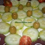 Ensalada de pepinos y tomates cherry