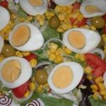 Ensalada con huevo cocido