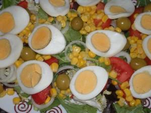 ensalada con huevo